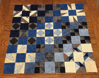 Nathalie L quilt black and blue